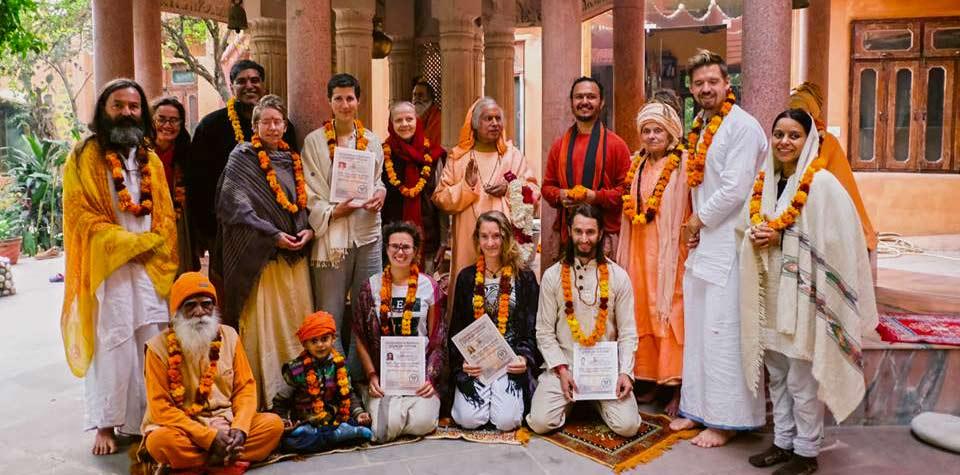 500-hour-yoga-teacher-training-india