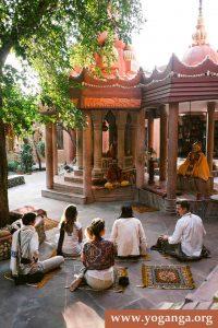 Yoga-Teacher-Training-India